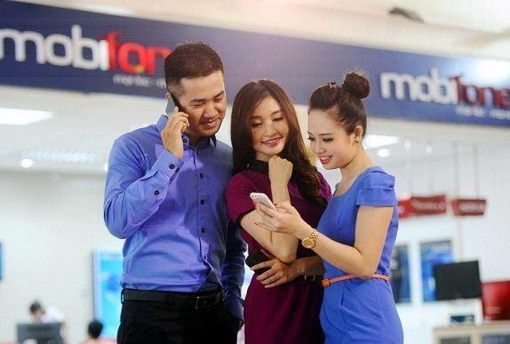 Bạn muốn làm lại sim Mobifone không chính chủ hãy đến với quầy giao dịch để thực hiện