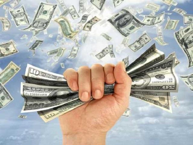Mơ nhặt được tiền vào đầu tháng mang ý nghĩa may mắn